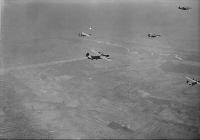Bombardamente in ziua de Paste Bucuresti 1944