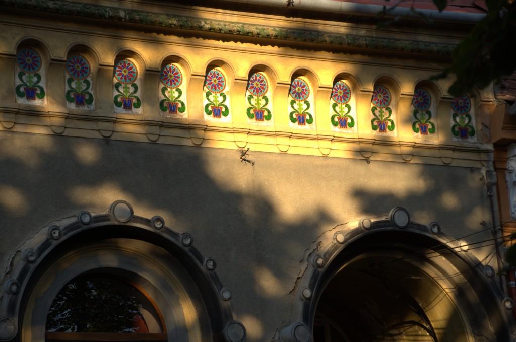 art nouveau ceramica oradea