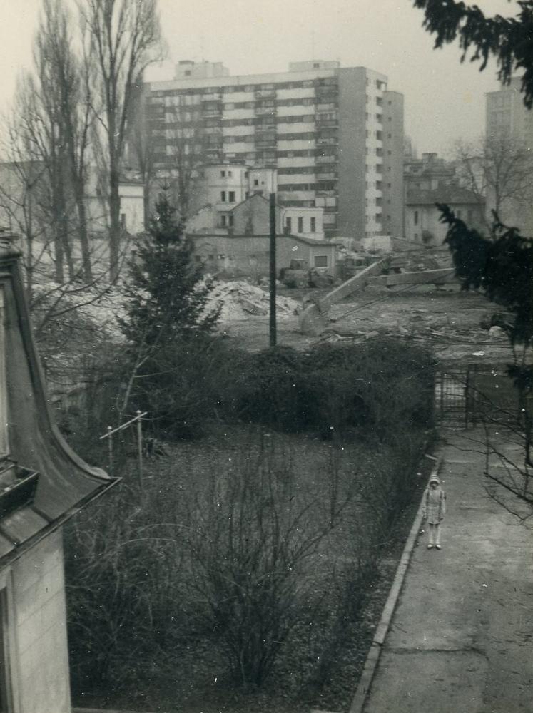 4.LN7 APRILIE 1982